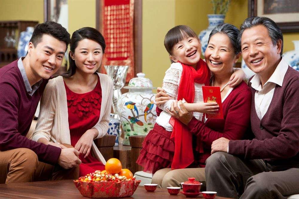 Tặng quà tết cho bố mẹ vợ