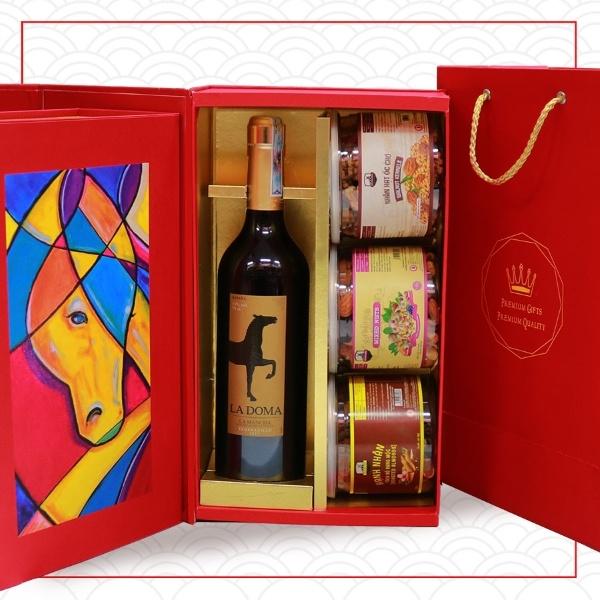 Hộp quà rượu vang Tân Xuân Mã Đáo