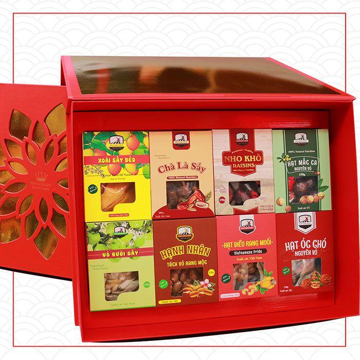 Với mức giá tầm trung, hộp quà Tết 500k được nhiều người lựa chọn làm quà biếu tết Tân Sửu 2021